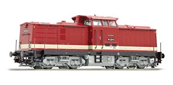 roco 36301 diesellokomotive baureihe 110 der dr epoche iv. Black Bedroom Furniture Sets. Home Design Ideas