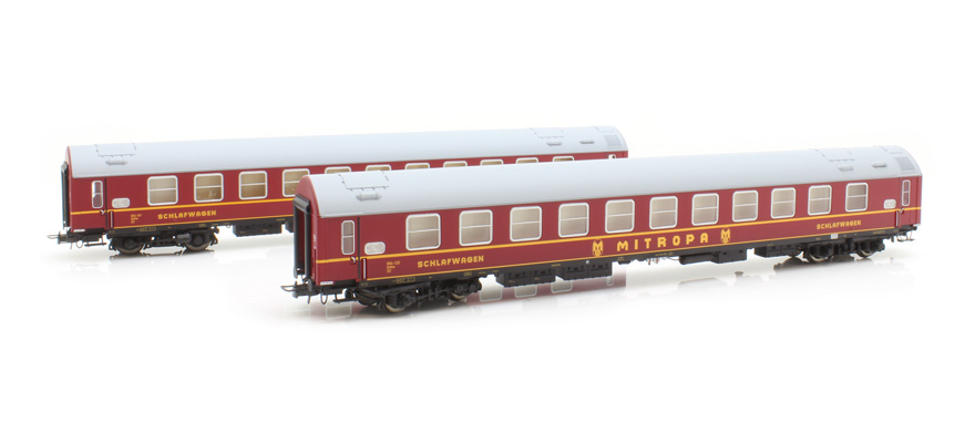 Rivarossi HR4258 Red livery with yellow stripes