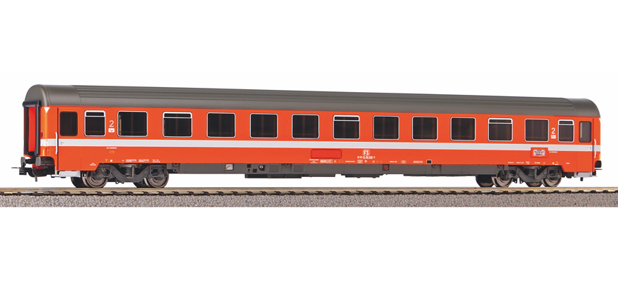 58535 Eurofima express train passenger car