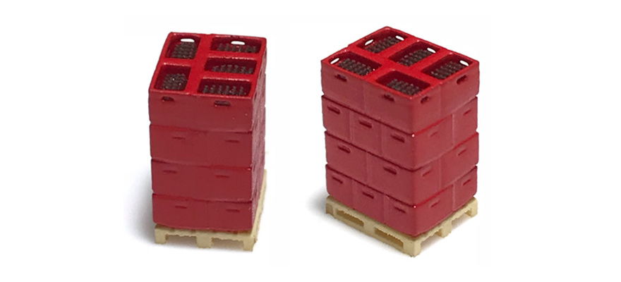 221009 2 pallets with bottle boxes, red