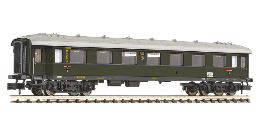 863102 Fast train coach type AB4ü-35