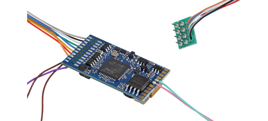 58410 LokSound 5 - 8-pin NEM652