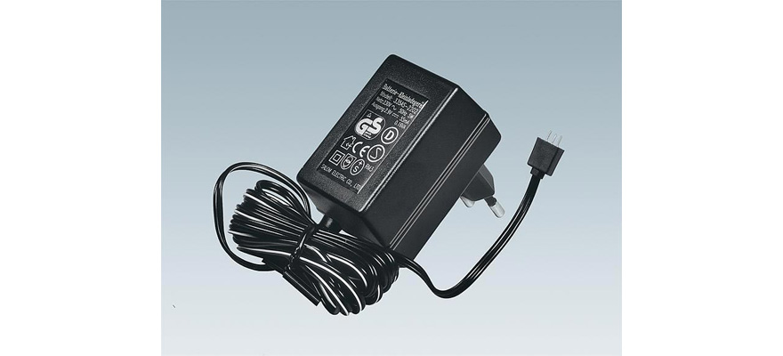 161690 Storage battery charger