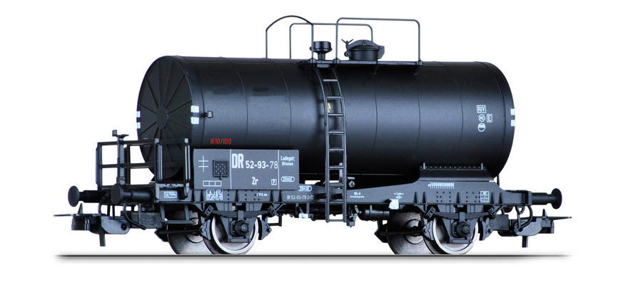 77002 Tank car Zr of the DR