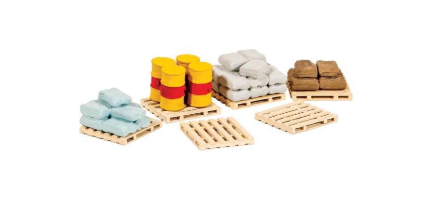 Peco 221 Gauge N Pallets, Sacks and Barrels, unpainted