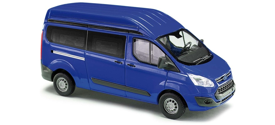52501 Ford Transit high roof bus