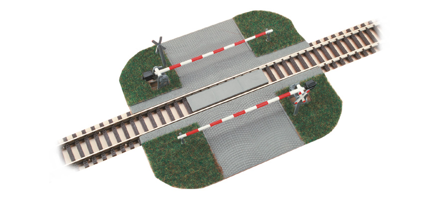 41582 Level crossing with barrier