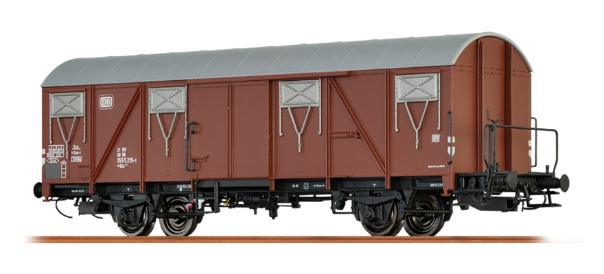 67814 Covered freight car Gbs 245